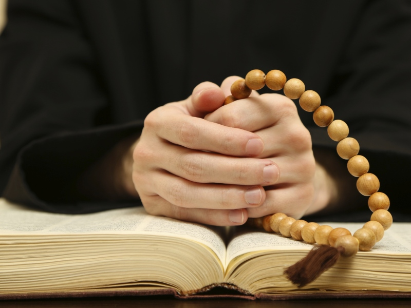 Play + Pray